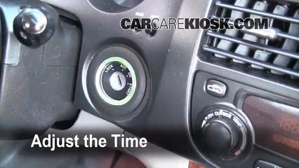 2004 Suzuki Verona LX 2.5L 6 Cyl. Clock