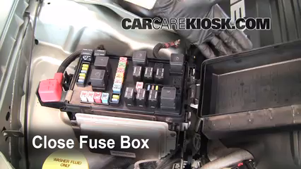replace a fuse 2005 2010 chrysler 300 2005 chrysler 300 c 5 7l v8 rh carcarekiosk com chrysler 300 fuse box pictures chrysler 300 fuse box layout