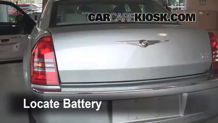 2005 Chrysler 300 C 5.7L V8 Battery Replace