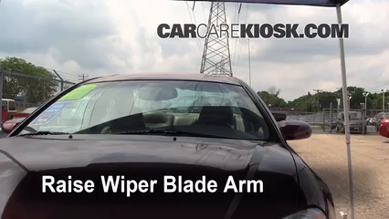2005 Chrysler Sebring Limited 3.0L V6 Coupe Windshield Wiper Blade (Front) Replace Wiper Blades