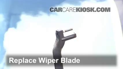 Front Wiper Blade Change Mercedes-Benz E320 (2003-2009
