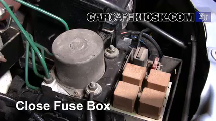 Replace a fuse opel combo opel combo c cng l