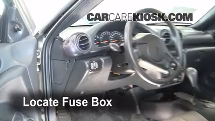 interior fuse box location 1995 2005 pontiac sunfire 2001 pontiac rh carcarekiosk com