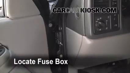 2005 Chevrolet Avalanche 1500 LS 5.3L V8 FlexFuel Fusible (interior)