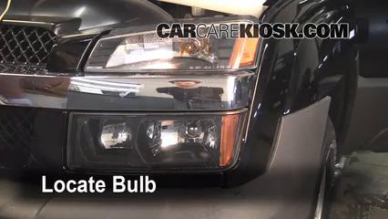 2005 Chevrolet Avalanche 1500 LS 5.3L V8 FlexFuel Éclairage Feux de croisement (remplacer l'ampoule)