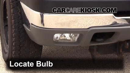 2005 Chevrolet Silverado 2500 HD 6.6L V8 Turbo Diesel Extended Cab Pickup (4 Door) Éclairage Feu antibrouillard (remplacer l'ampoule)