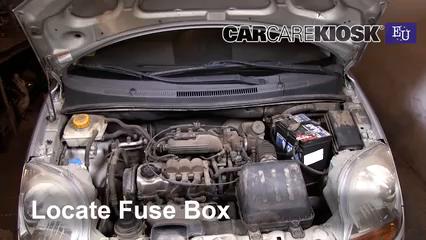 2005 Chevrolet Spark LS 0.8L 3 Cyl. Fusible (moteur)