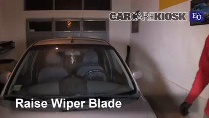 2005 Chevrolet Spark LS 0.8L 3 Cyl. Balais essuie-glace avant