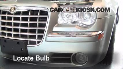 2005 Chrysler 300 C 5.7L V8 Éclairage Feu antibrouillard (remplacer l'ampoule)