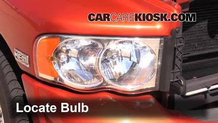 2005 Dodge Ram 1500 SLT 5.7L V8 Standard Cab Pickup (2 Door) Lights Headlight (replace bulb)