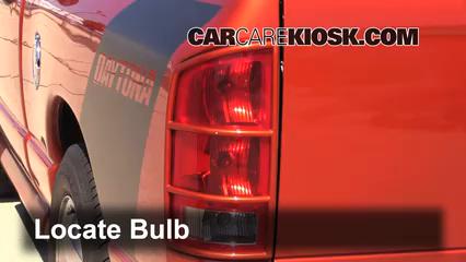 2005 Dodge Ram 1500 SLT 5.7L V8 Standard Cab Pickup (2 Door) Lights Reverse Light (replace bulb)