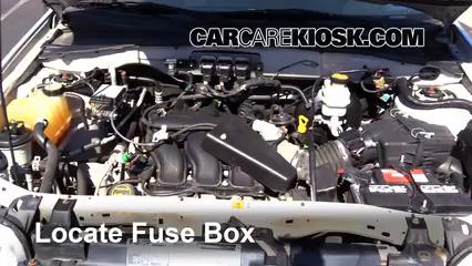 2005 Ford Escape Limited 3.0L V6 Fusible (moteur)