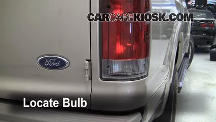 2005 Ford Excursion Limited 6.8L V10 Luces Luz de reversa (reemplazar foco)