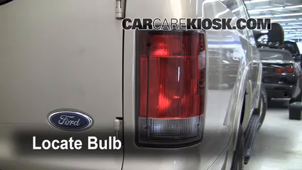 2005 Ford Excursion Limited 6.8L V10 Éclairage