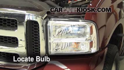 2005 Ford F-250 Super Duty XLT 6.0L V8 Turbo Diesel Crew Cab Pickup (4 Door) Éclairage