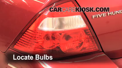 2005 Ford Five Hundred SEL 3.0L V6 Éclairage Feu stop (remplacer ampoule)