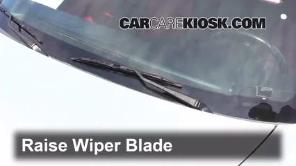 2005 Honda S2000 2.2L 4 Cyl. Windshield Wiper Blade (Front)
