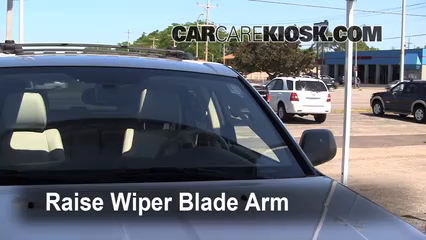 2005 Jeep Grand Cherokee Limited 5.7L V8 Windshield Wiper Blade (Front)