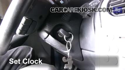 2005 Opel Combo C CNG 1.6L 4 Cyl. Reloj Fijar hora de reloj