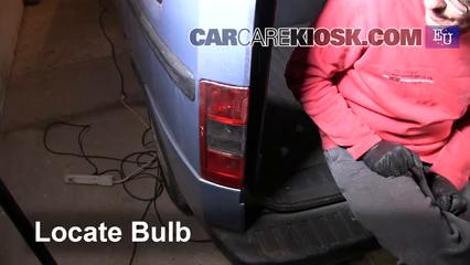 2005 Opel Combo C CNG 1.6L 4 Cyl. Luces Luz de giro trasera (reemplazar foco)