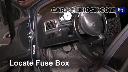 2005 Peugeot 407 SW 2.0L 4 Cyl. Fusible (interior)