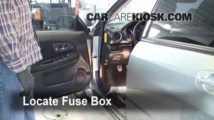 2005 Subaru Impreza WRX 2.0L 4 Cyl. Turbo Sedan Fusible (interior)