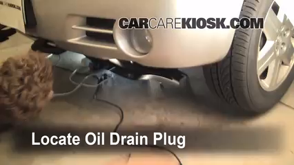 2006 Chrysler 300 C 5.7L V8 Oil Change Oil and Oil Filter