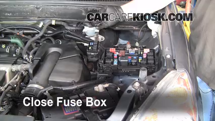 2006 Honda CR V SE 2.4L 4 Cyl.%2FFuse Engine Part 2 blown fuse check 2002 2006 honda cr v 2006 honda cr v se 2 4l 4 cyl crv fuse box diagram at nearapp.co