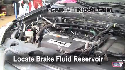 Honda Cr V Transmission Fluid Type >> Add Brake Fluid 2002 2006 Honda Cr V 2006 Honda Cr V Se 2 4l 4 Cyl