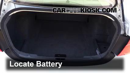 2006 BMW 325i 3.0L 6 Cyl. Batería
