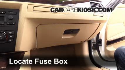 2006 BMW 325i 3.0L 6 Cyl. Fusible (interior)