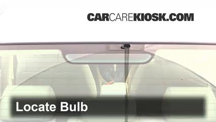 2006 BMW 325i 3.0L 6 Cyl. Éclairage Feu de freinage central (remplacer l'ampoule)