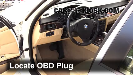 2006 BMW 325i 3.0L 6 Cyl. Compruebe la luz del motor