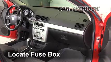 Interior Fuse Box Location 2005 2010 Chevrolet Cobalt 2006 Chevrolet Cobalt Lt 2 2l 4 Cyl Coupe 2 Door