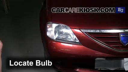 2006 Dacia Logan Prestige 1.6L 4 Cyl. Lights Turn Signal - Front (replace bulb)