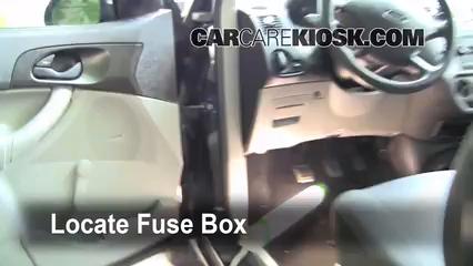 2006 Ford Focus ZX3 2.0L 4 Cyl. Fusible (intérieur)