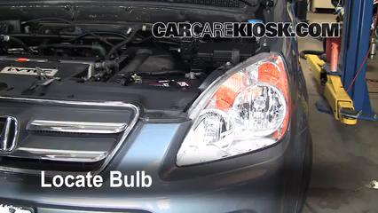 2006 Honda CR-V SE 2.4L 4 Cyl. Éclairage Feux de route (remplacer l'ampoule)