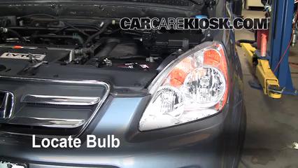 2006 Honda CR-V SE 2.4L 4 Cyl. Éclairage Feu clignotant avant (remplacer l'ampoule)