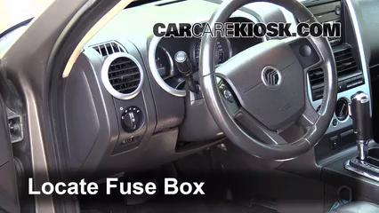 Interior Fuse Box Location 2002 2010 Mercury Mountaineer 2006 Mercury Mountaineer Convenience 4 0l V6