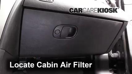 2006 Saturn Ion-3 2.2L 4 Cyl. Coupe Filtro de aire (interior)