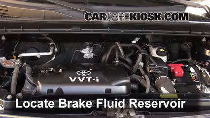 2006 Scion xB 1.5L 4 Cyl. Brake Fluid