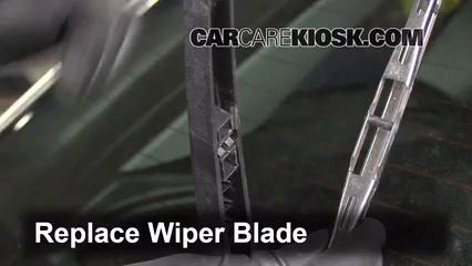 rear wiper blade change audi a3 2006 2013 2007 audi a3 2 0l 4 rh carcarekiosk com Audi A3 Hatchback Audi A3 V6
