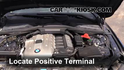 How To Jumpstart A BMW I BMW I L Cyl - 2010 bmw 525i