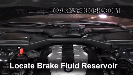 2002-2008 BMW 750Li Brake Fluid Level Check - 2007 BMW 750Li 4 8L V8