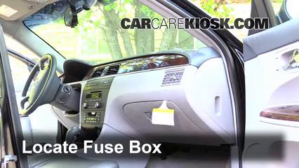 2005-2009 Buick LaCrosse Interior Fuse Check - 2006 Buick
