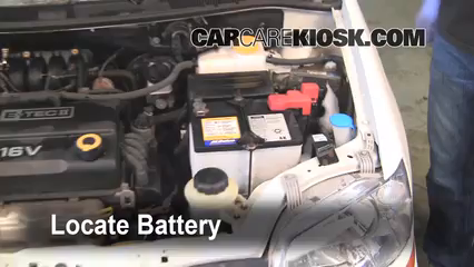 2007 Chevrolet Aveo5 Special Value 1.6L 4 Cyl. Battery Replace