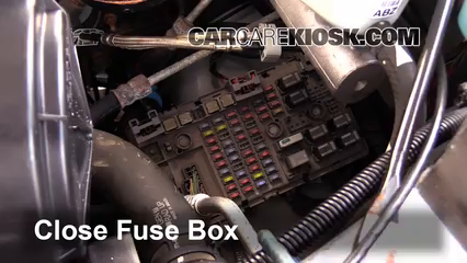 1996 gmc fuse box diagram replace a fuse 1996 2017 chevrolet express 3500 2007