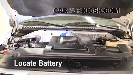 2007 Ford Expedition EL Eddie Bauer 5.4L V8 Battery Replace