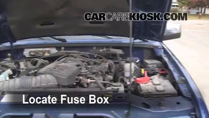 Replace a Fuse: 2006-2011 Ford Ranger - 2007 Ford Ranger FX4 4.0L V6 ...