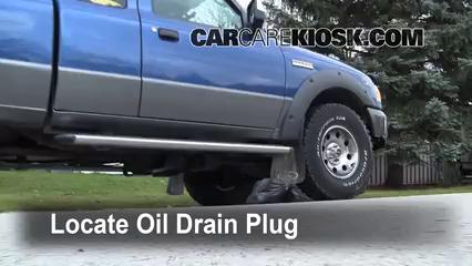 Oil filter change ford ranger 1998 2005 1999 ford for Ford ranger motor oil type